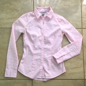 H&M Fitted Light Pink Button Down Collared Blouse